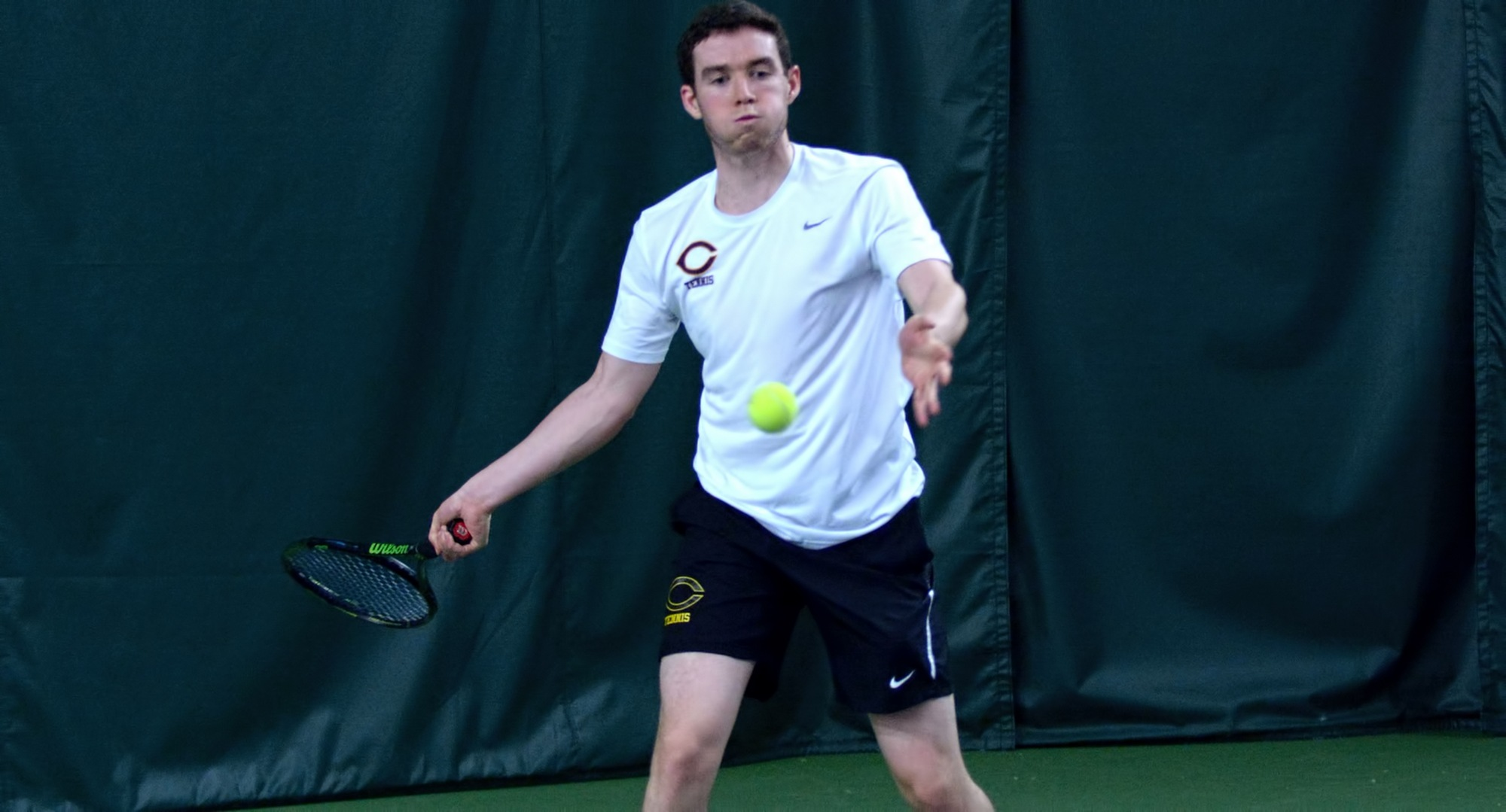 Freshman Erik Porter won his No.2 doubles match 8-2 and then cruised to a 6-4, 6-2 win at No.3 singles in the Cobbers' 9-0 victory over Northwestern.