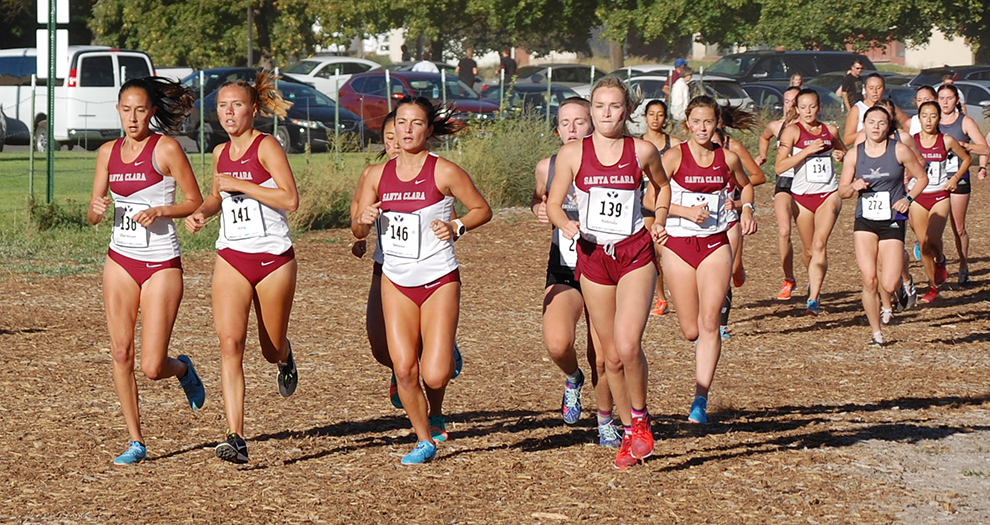 The Santa Clara women's team enters the Bronco Invitational on the strength of two consecutive third-place finishes. (Photo: Paul Davidson)
