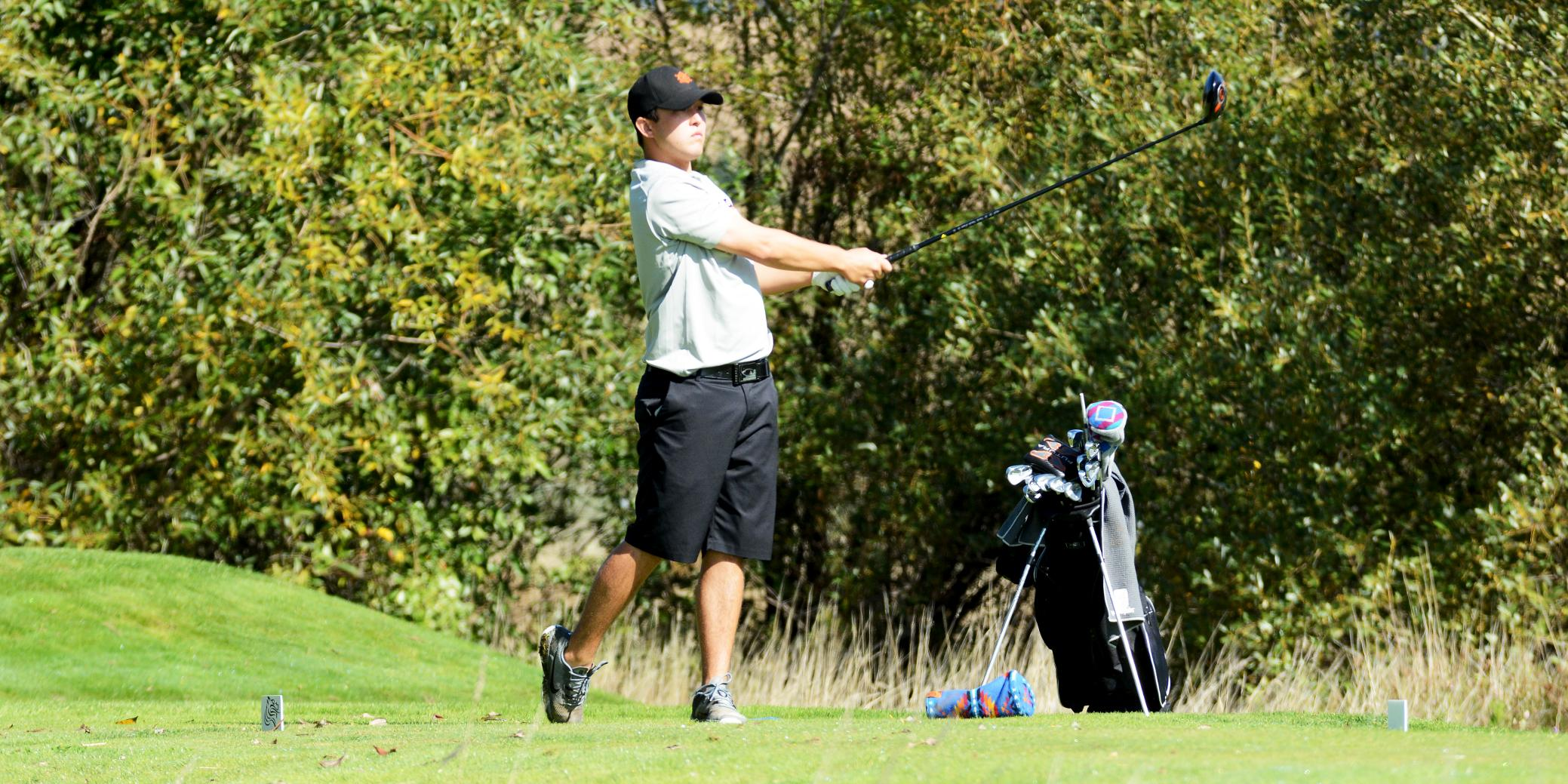 Lewis & Clark improves greatly upon last year's NWC Fall Classic