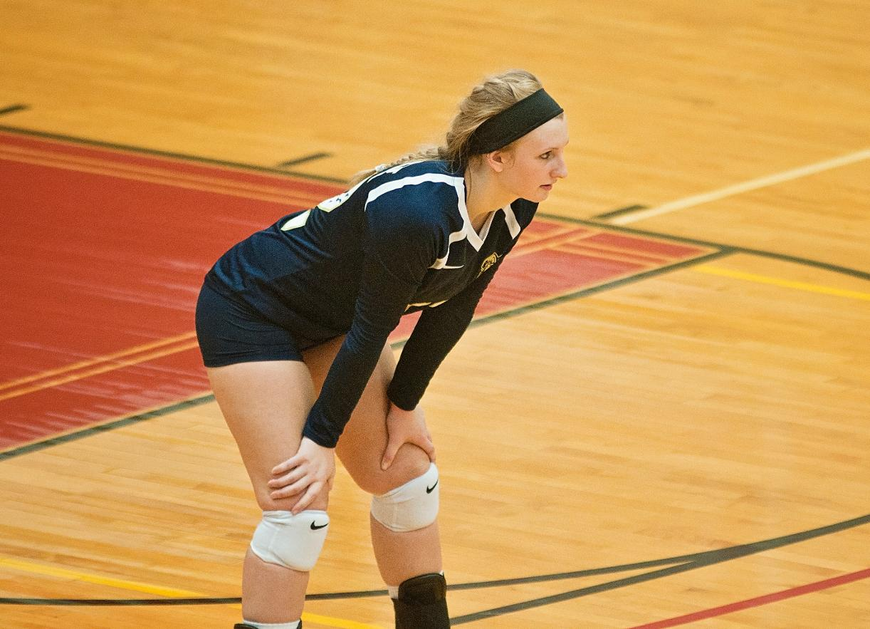Volleyball Swept by Daniel Webster in First Tri-Match Contest