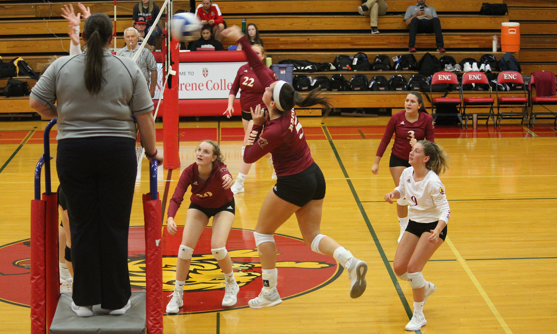 Women's Volleyball Loses Friday Match at ENC Invitational