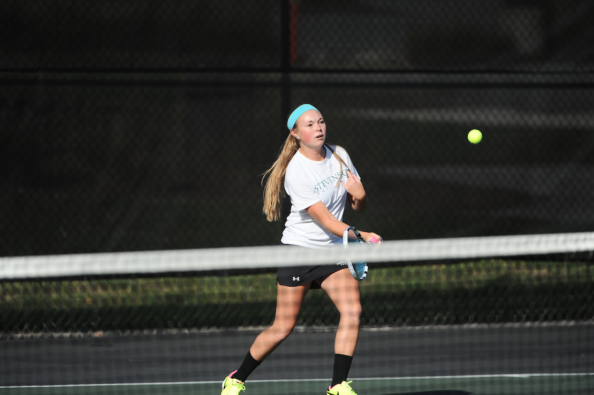 Mentzer Picks Up Second-Straight Singles Victory in 7-2 Setback to FDU-Florham