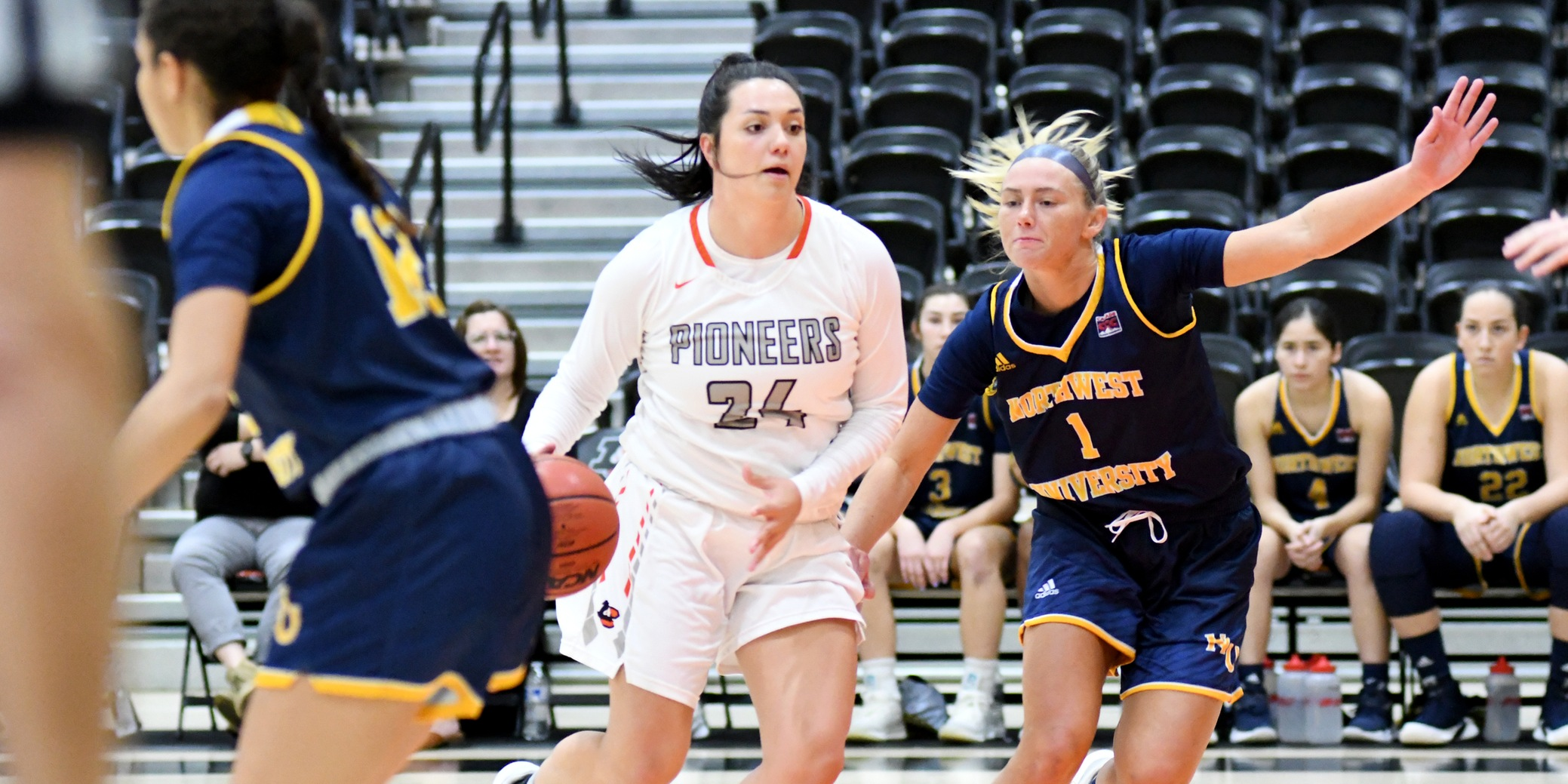 Pioneers drop first game of trip to eastern Oregon