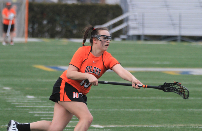 Oilers Capture 1st Win, 20-4 Over Urbana