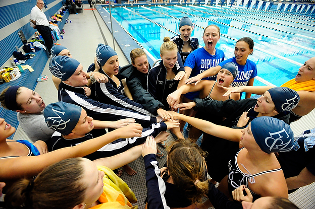 Women's Swimming Earns Scholar All-American Status