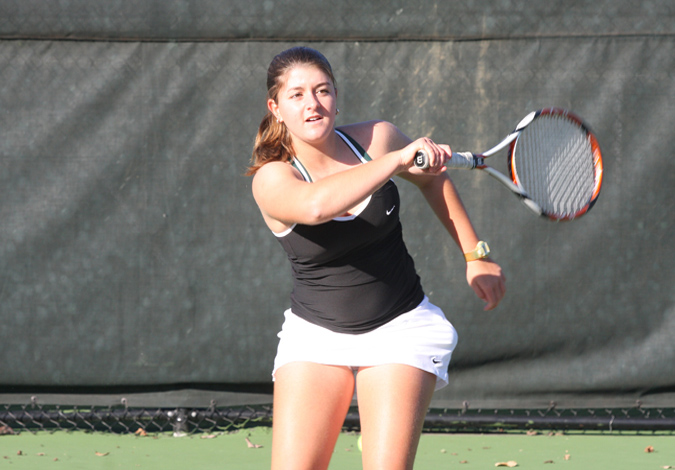 Women's Tennis Falls to MTSU 5-2 in Season Opener