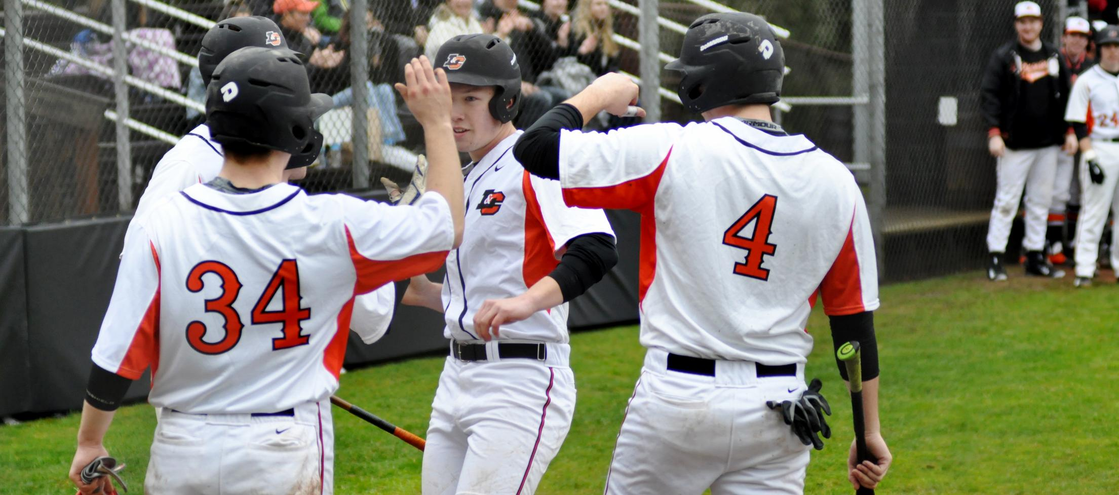Eggleston's grand slam sets the tone for Lewis & Clark