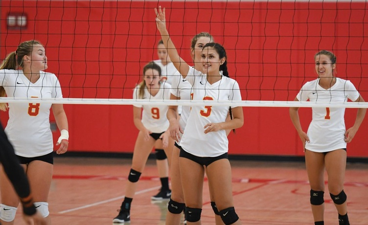 COD Women's Volleyball knocks off the Panthers for first time since 2011, 3-0