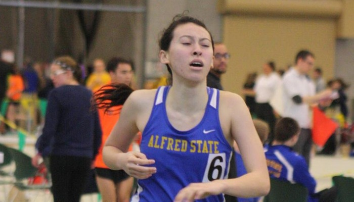 Indoor Track & Field Competes at Brockport