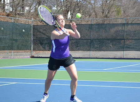Senior Lindsay Ward finishes her career with four singles victories and 16 doubles victories.