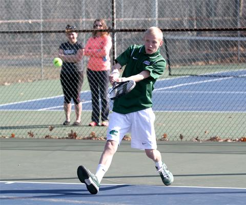 Sage men's tennis falls at the hands of Hartwick