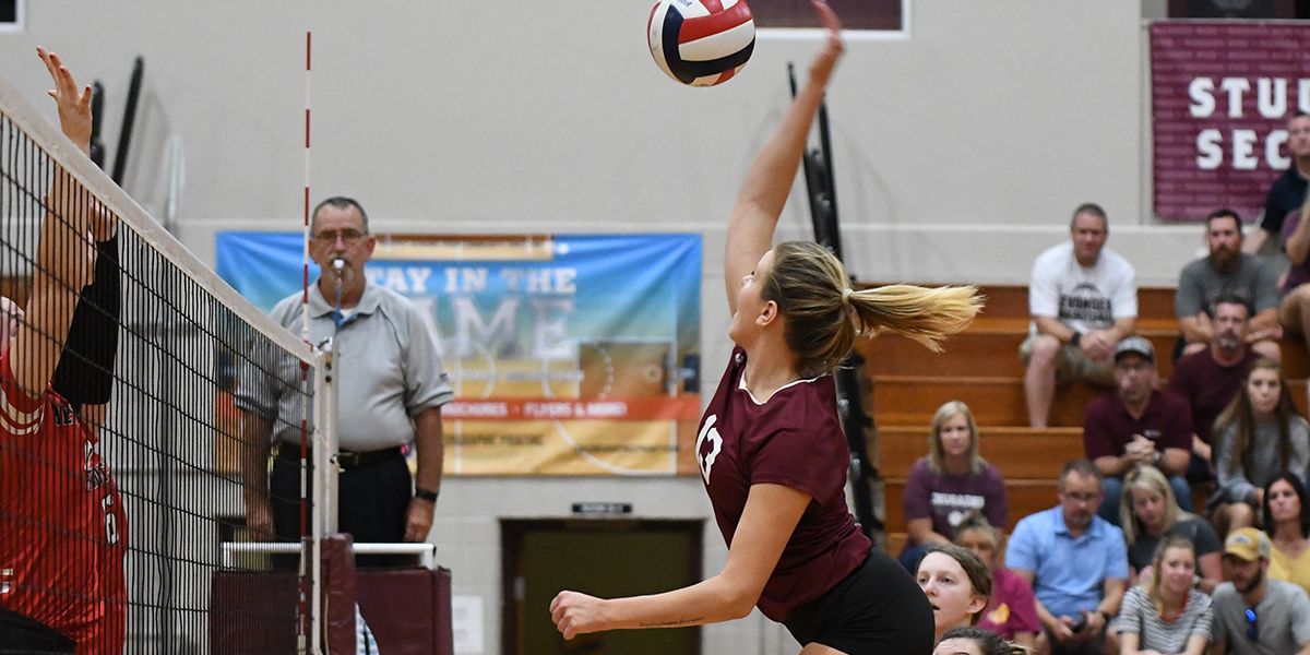 Win Streak Snapped for Evangel Volleyball in Five Set Loss to Benedictine