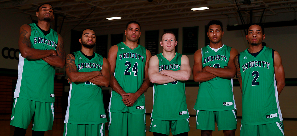 The Endicott men's basketball team's senior class poses for a photo together on Senior Day.