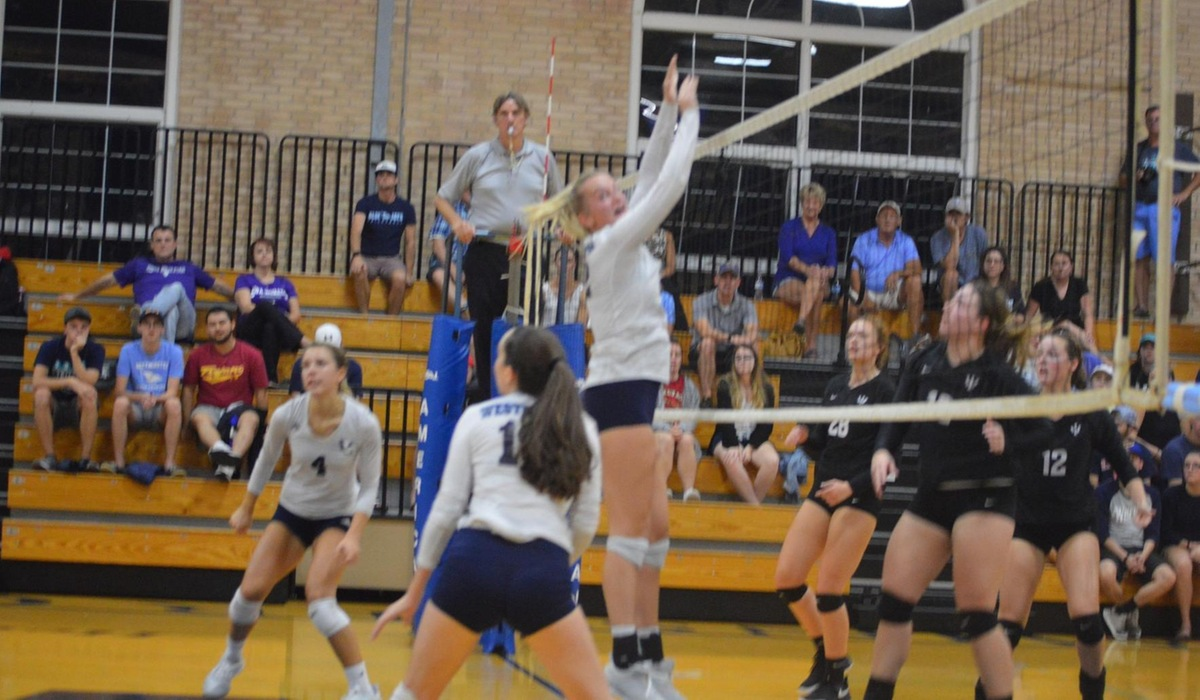Westminster Women's Volleyball Wins Twice in SLIAC Play