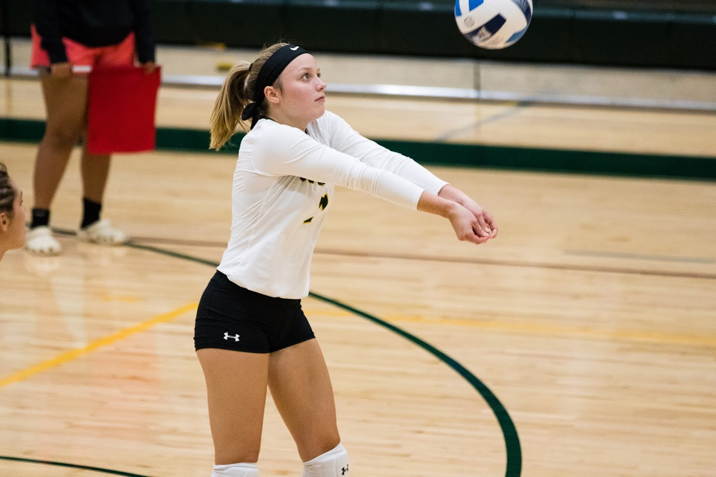 Volleyball Snaps Six Game Win Streak, Falls To Montgomery College, 3-0