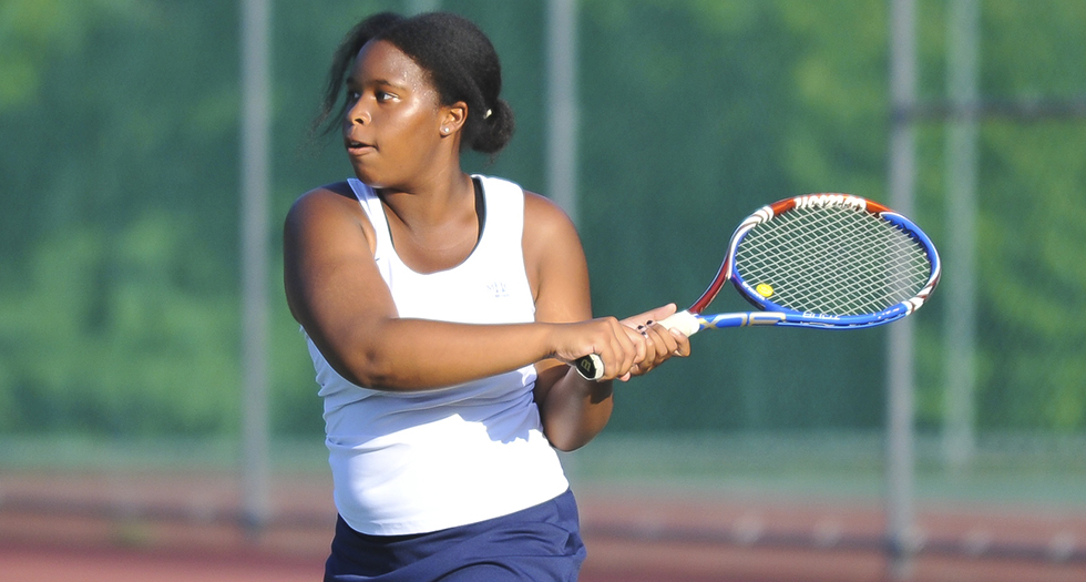 Tennis Suffers NEWMAC Loss to Babson