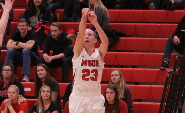 Spanbauer Surge Sends Women's Basketball Past Alverno 60-48