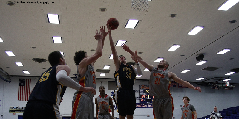 Slow first half costs men's basketball in loss to Augustana