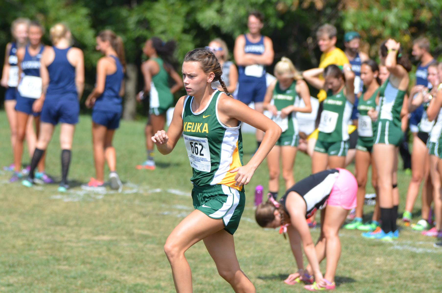 Women's Cross Country Runs at Mike Woods Invitational