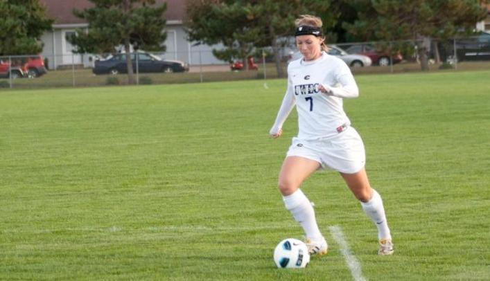 Soccer Ends St. Olaf's Six-Game Winning Streak