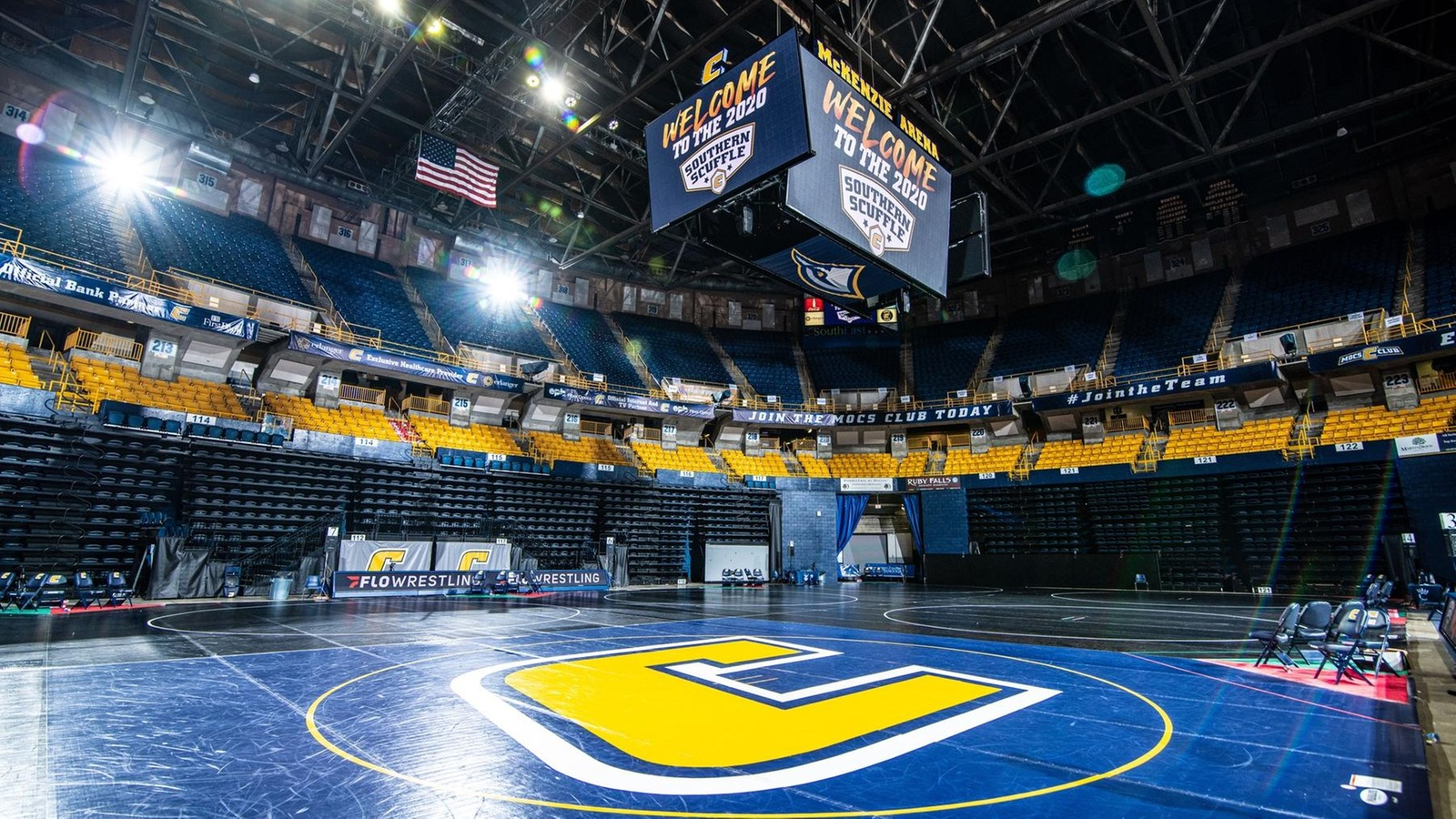 Cheek Advances to Day Two of Southern Scuffle
