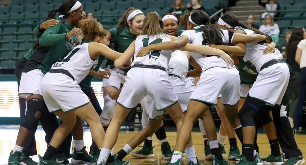 Women's Basketball Falls To Tulane, 81-72