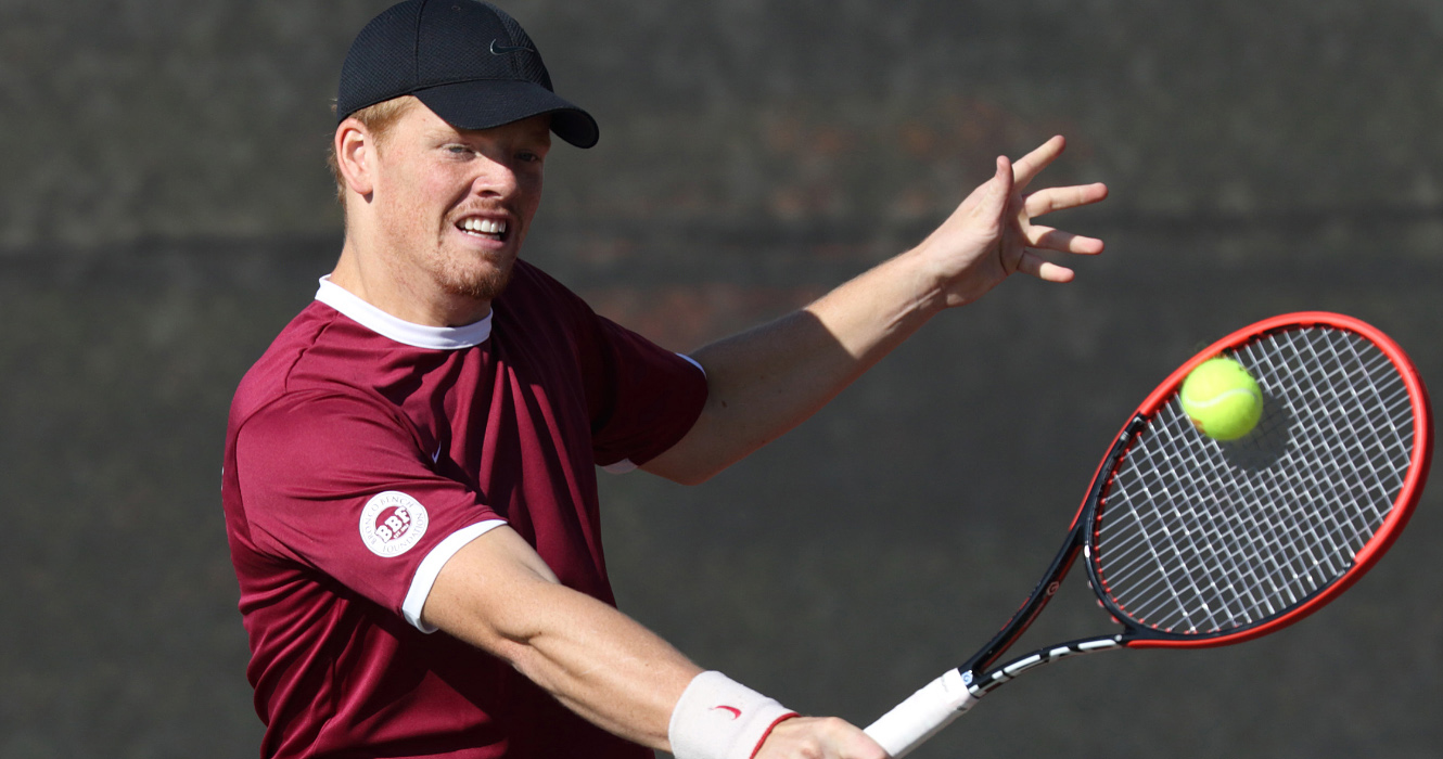No. 43 Men's Tennis Beats USF 6-1 for Eighth Consecutive Victory