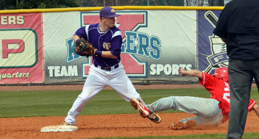 Golden Eagle comeback bid falls short as Austin Peay takes game one, 7-3