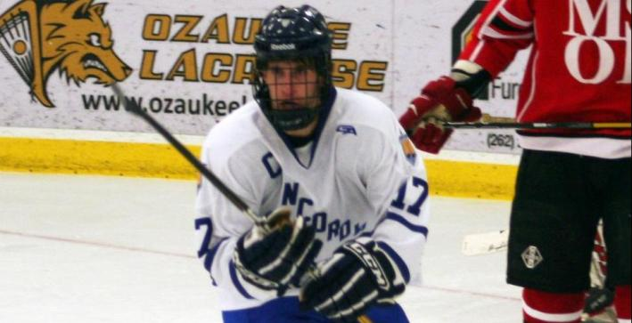 Men's Hockey sweeps MCHA series over Lawrence