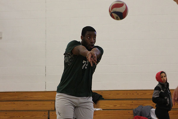 Southern Vt. Splits Regis Tri-Match, Defeats Pride 3-1 to Begin NECC Play