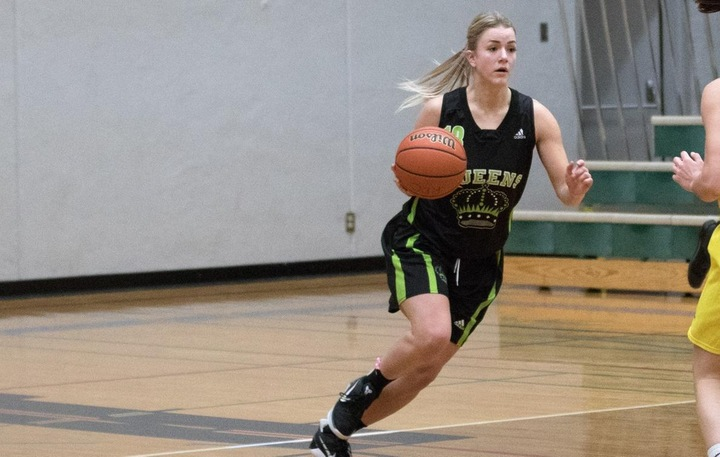 Maya Parker (13) led the way for the Queens with 13 points in Olds. Photo - Tony Hansen
