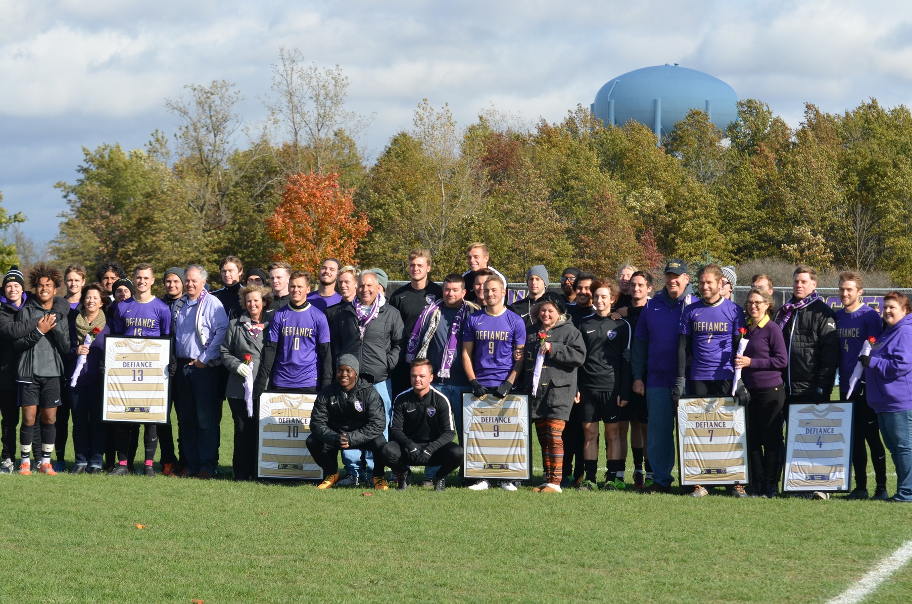 Yellow Jackets Blank MSJ in Senior Day Victory