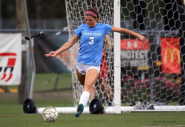 Women's Soccer Advances to Championship Game