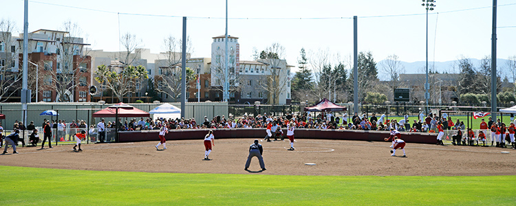Bronco Softball Hosts Final PCSC Games This Weekend; Senior BBQ After Sunday's Doubleheader at Alumni Park