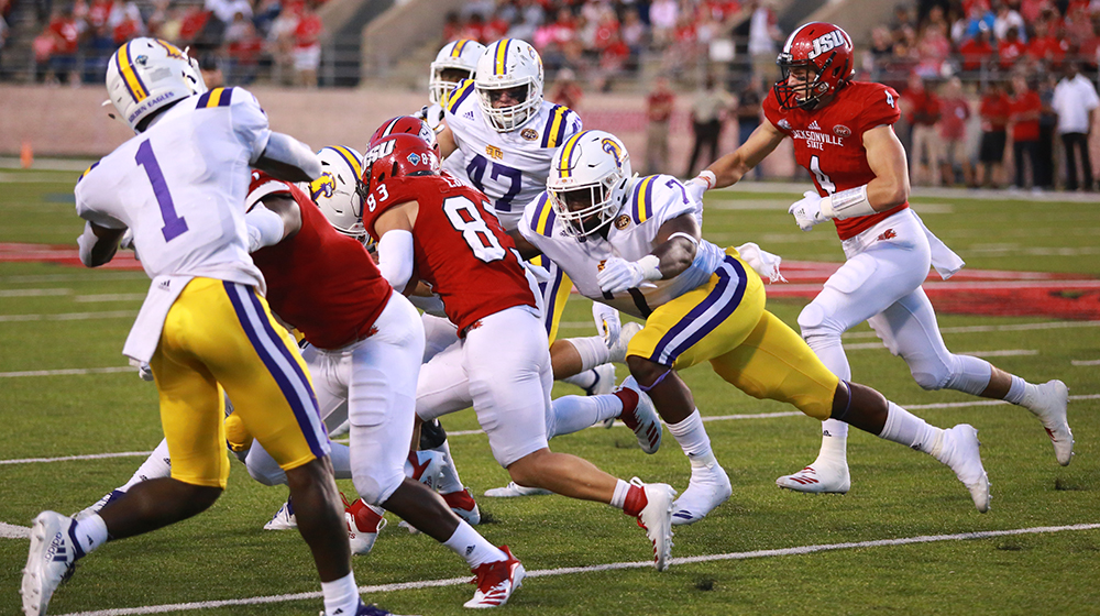 Tech football falls 48-20 to No. 9 Jacksonville State, but continues to build