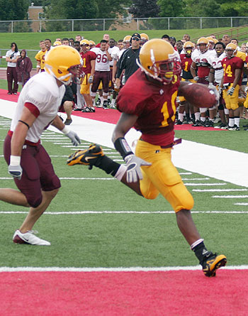 Tailback D.J. Freeman scampers into the endzone