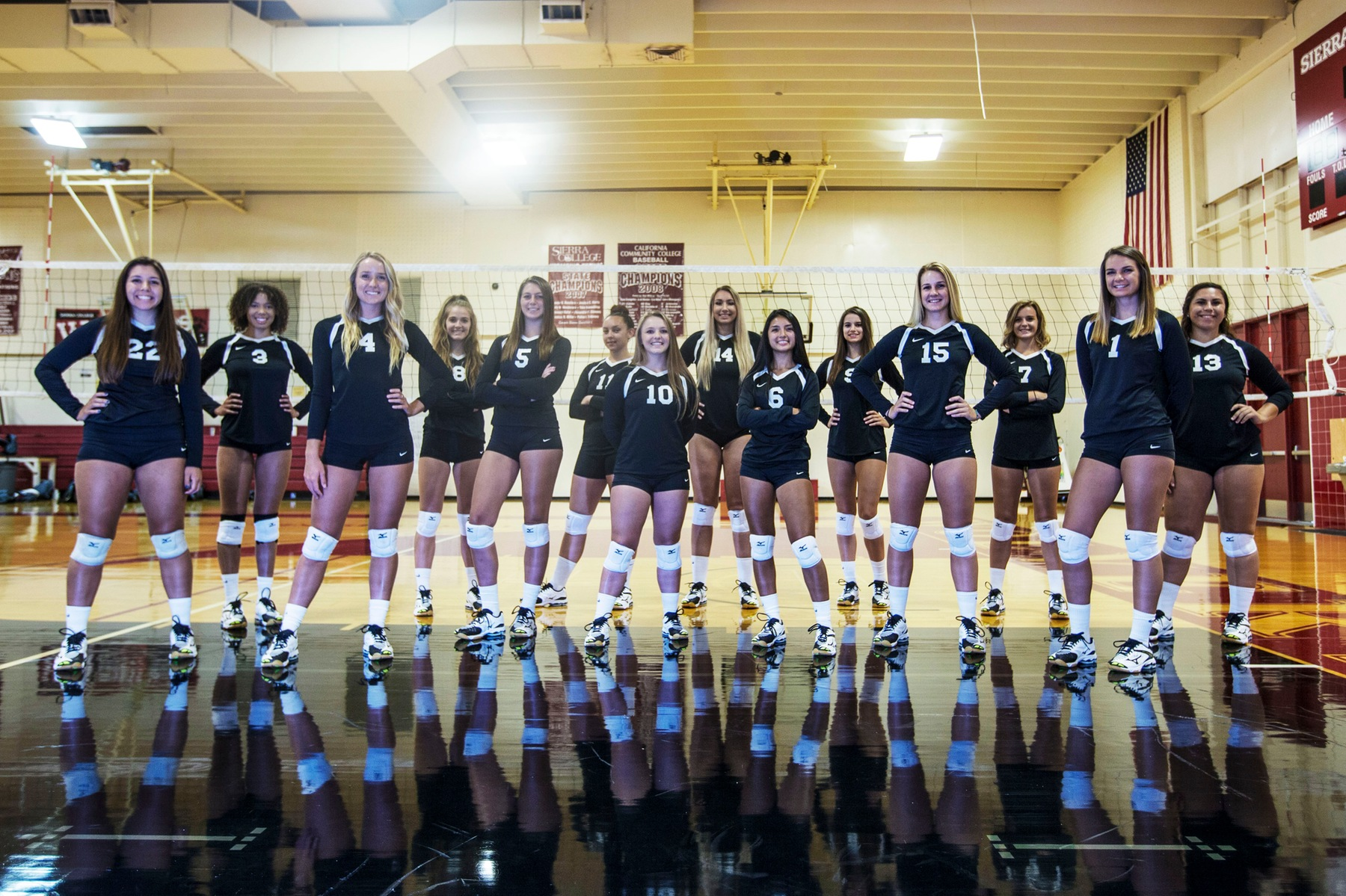 The 2017 Sierra College Women's Volleyball team.