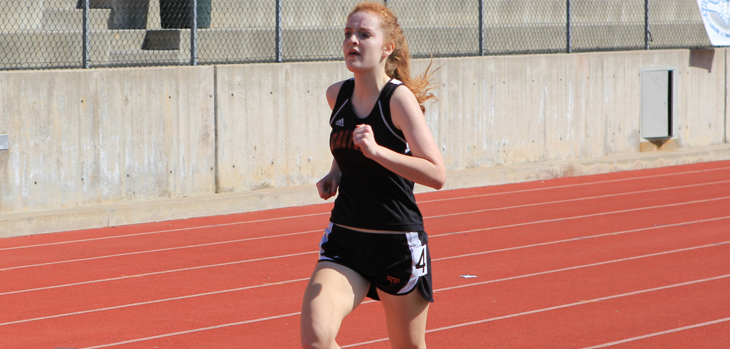 Distance Runners Compete at Occidental