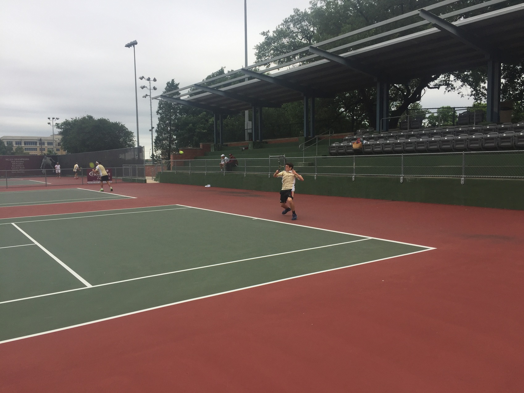 Men's Tennis Defeats TLU 6-3