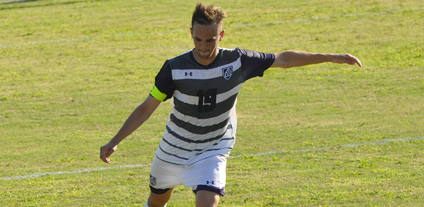 Manny Torres and the Eagles dropped a road match against HPU.