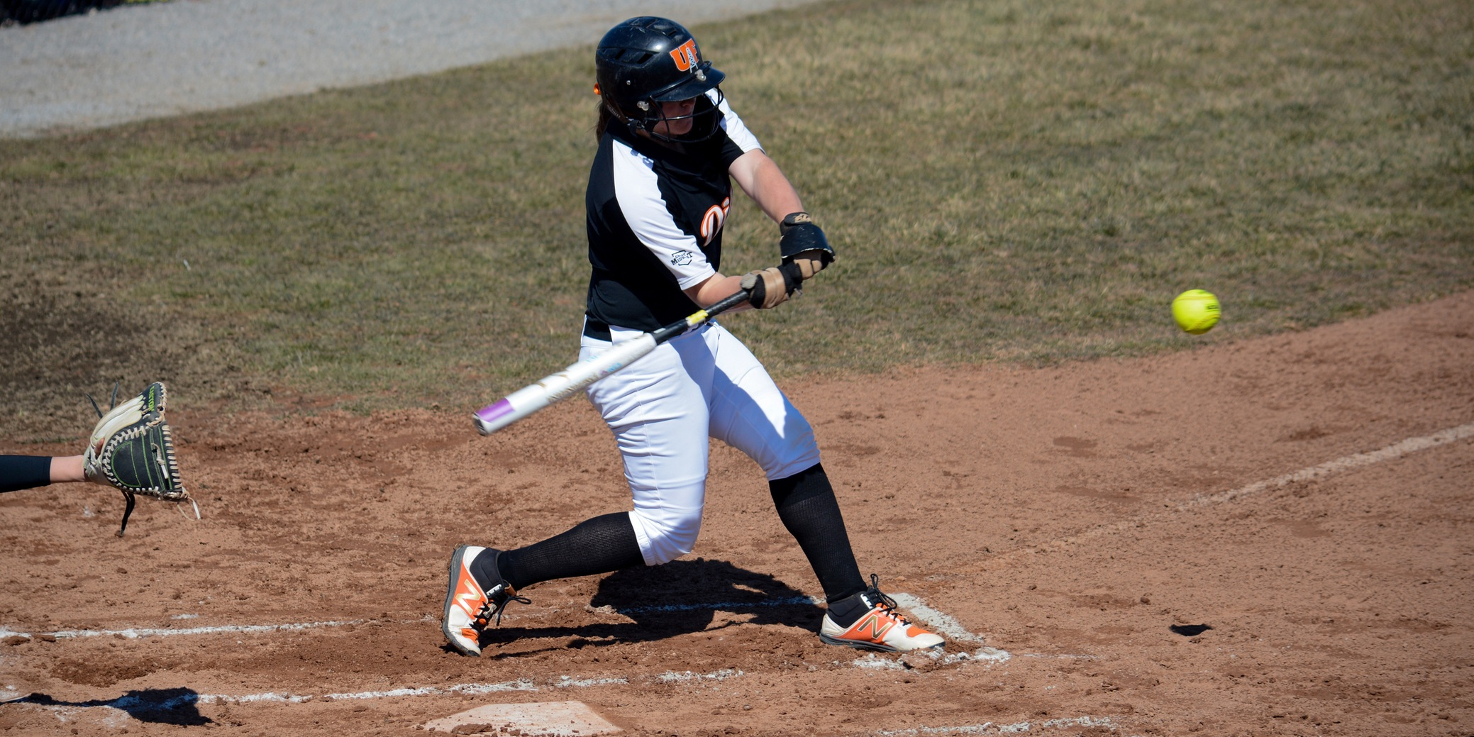 Oilers Drop Both to Ashland