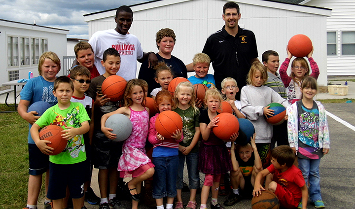 Ferris State Men's Basketball Making The Community A Priority