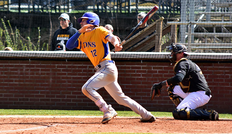 Baseball Completes Sweep of Brevard