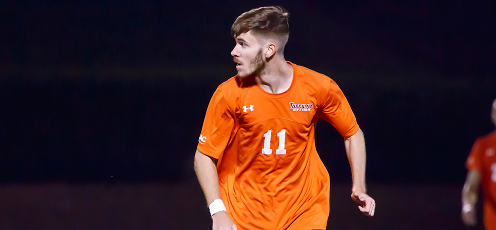 Early goal by Jimenez stands for Pioneers in 1-0 win over Emmanuel