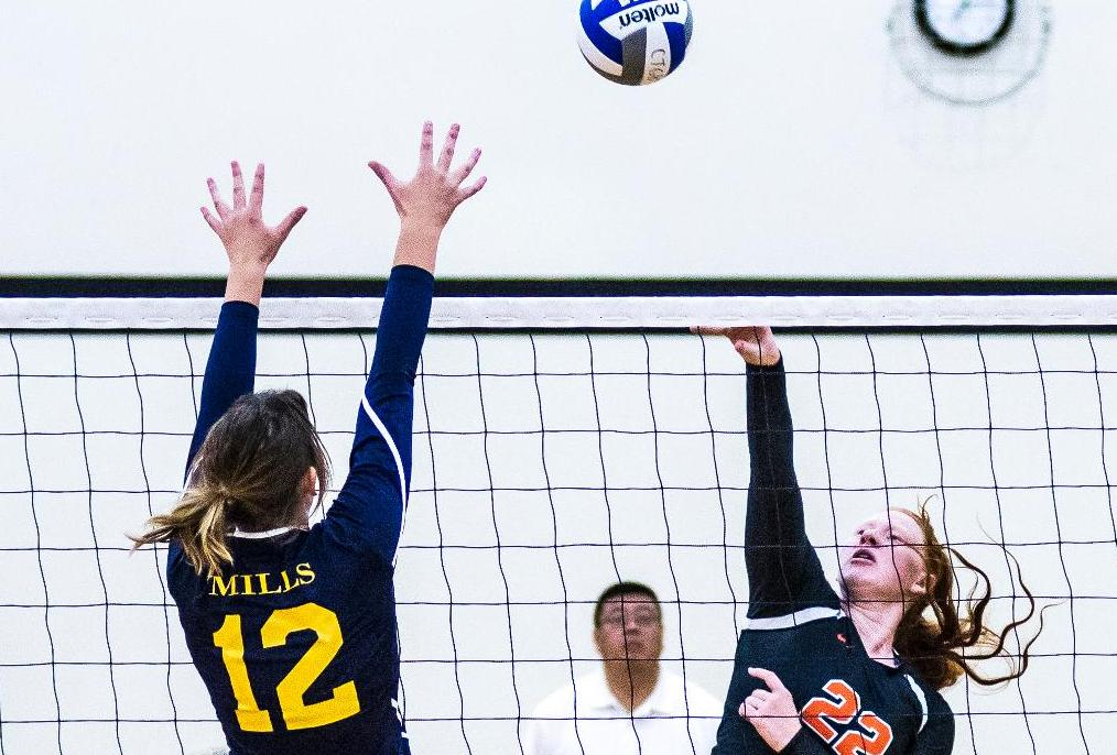 Late Rally Falls Short for Volleyball at Chapman