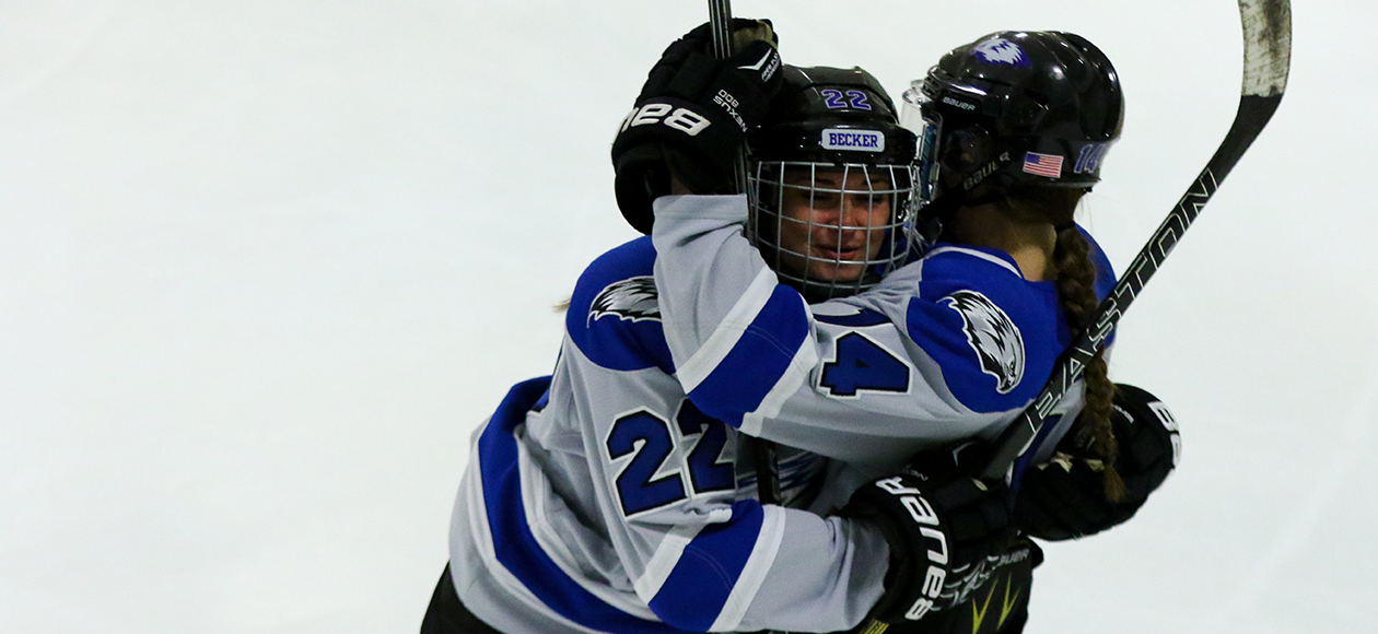 Kangaroos Hop Past Women's Hockey