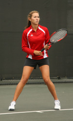 Women's Tennis Starts Out Strong at Saint Mary's Invitational