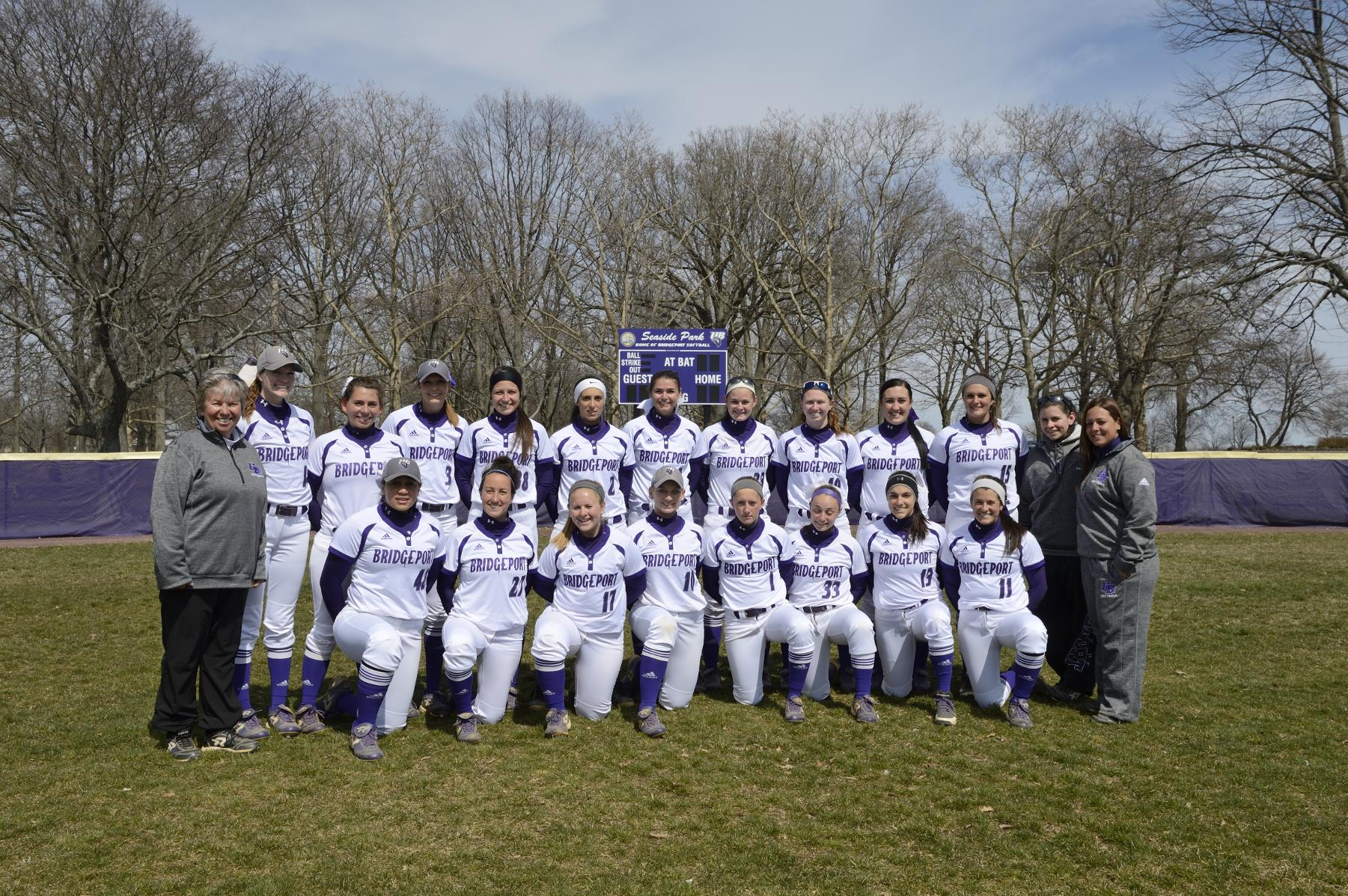 Softball Fights But Falls Twice To NYIT