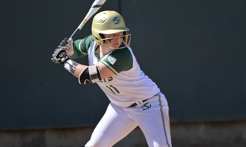 SOFTBALL BEGINS THE CAPITAL CLASSIC WITH A PAIR OF WINS