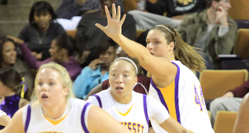 Golden Eagles fight to the finish, drop first of the season